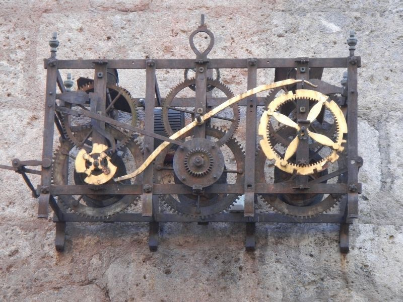 Old Clock Workings? image. Click for full size.