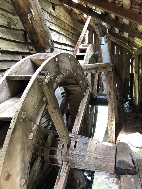 Water wheels image. Click for full size.