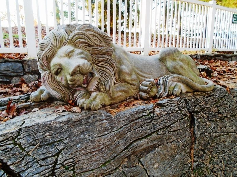 Replacement Lititz Springs Park Lion image. Click for full size.