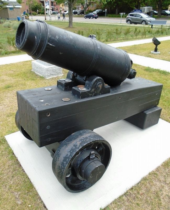Cannon on Veterans Plaza image. Click for full size.