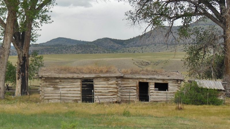 Parker Homestead Cabin (<i>view from near marker</i>) image. Click for full size.