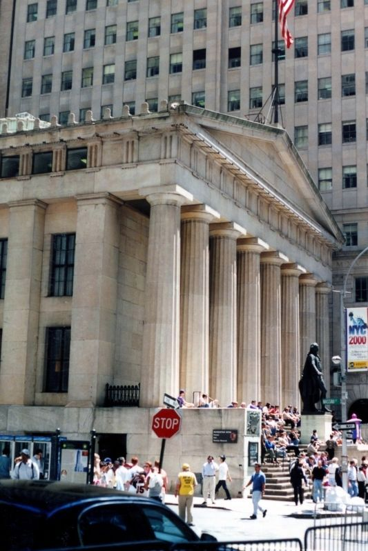 Federal Hall National Memorial image. Click for full size.