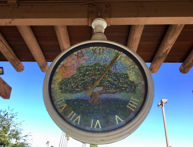 Glendale Station Clock image. Click for full size.