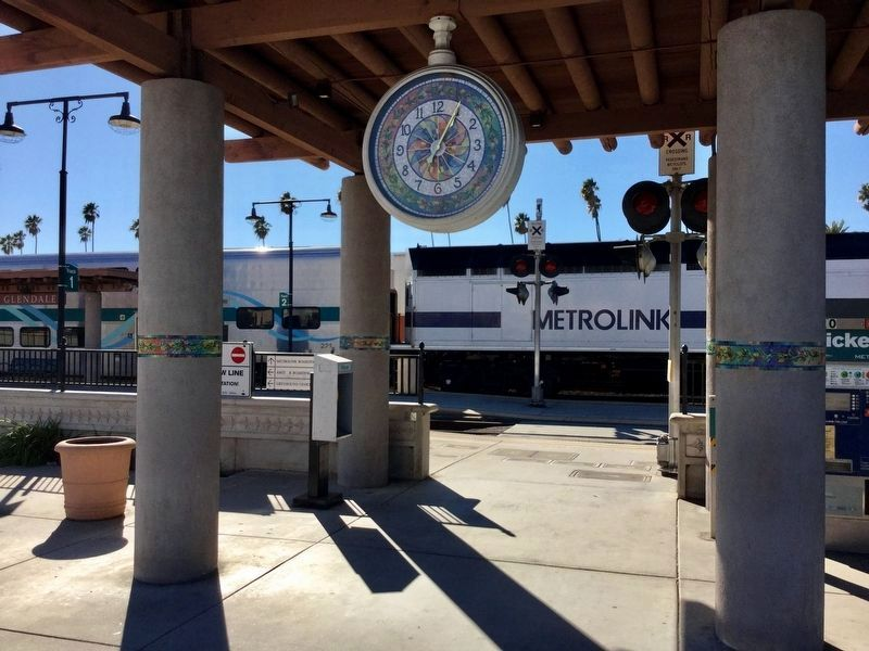 Glendale Metrolink Station and Clock image. Click for full size.