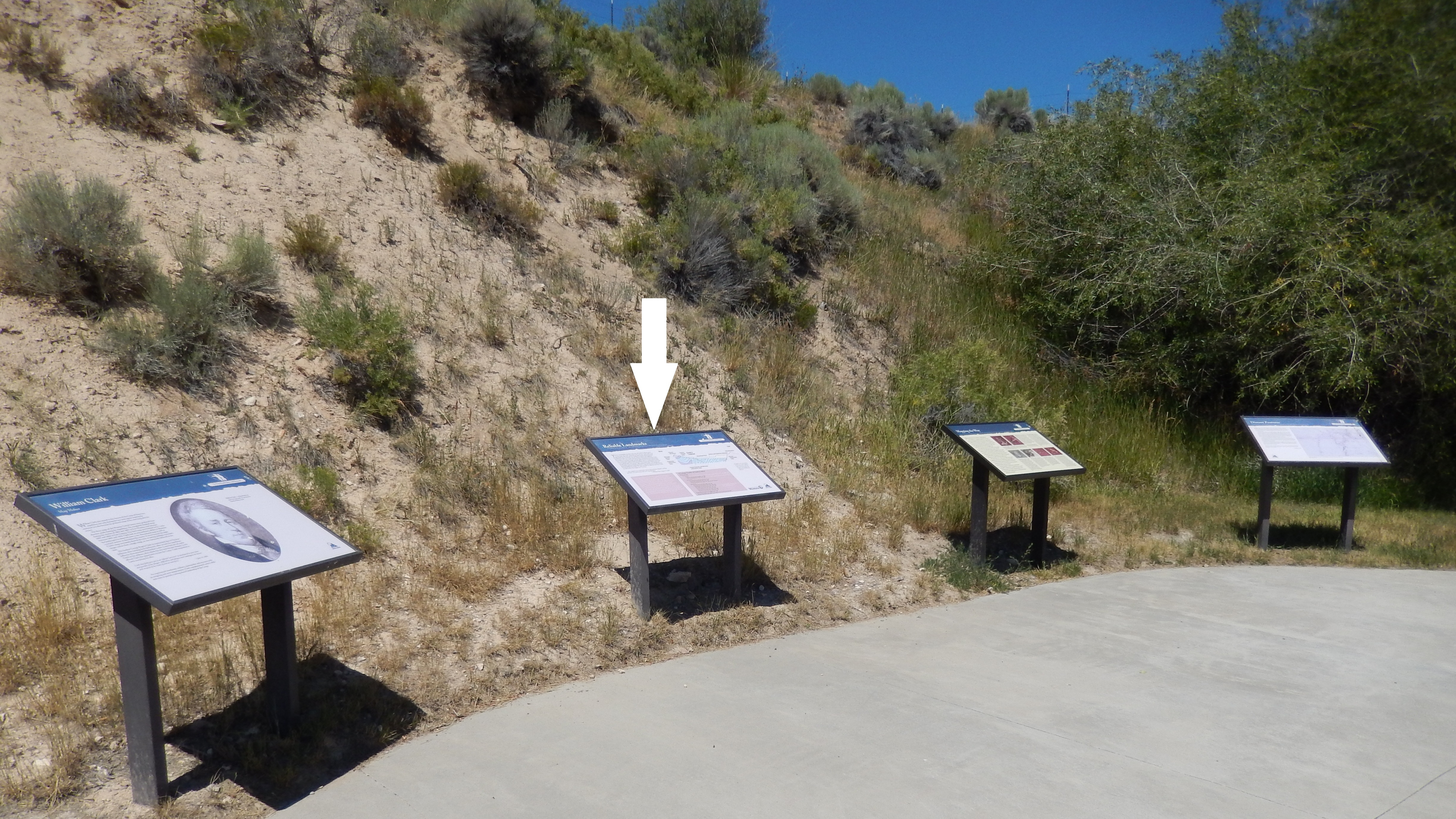 Reliable Landmarks Marker (<i>wide view showing related markers at trailhead</i>)