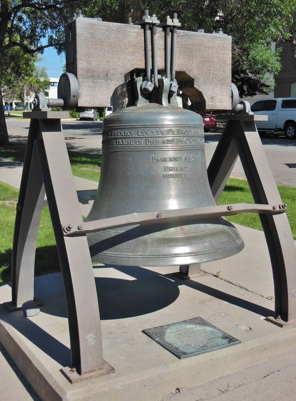 Montana Liberty Bell Replica & Marker (<i>tall view</i>) image. Click for full size.