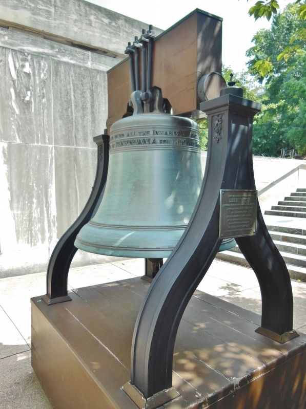 Pennsylvania's Liberty Bell Replica Marker (<i>tall view; stairs to North Street in background</i>) image. Click for full size.