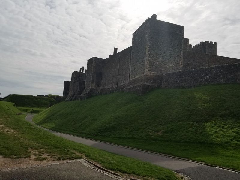 Dover Castle image. Click for full size.