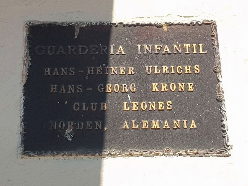 An additional Lions Club Marker in Antigua Guatemala image. Click for full size.