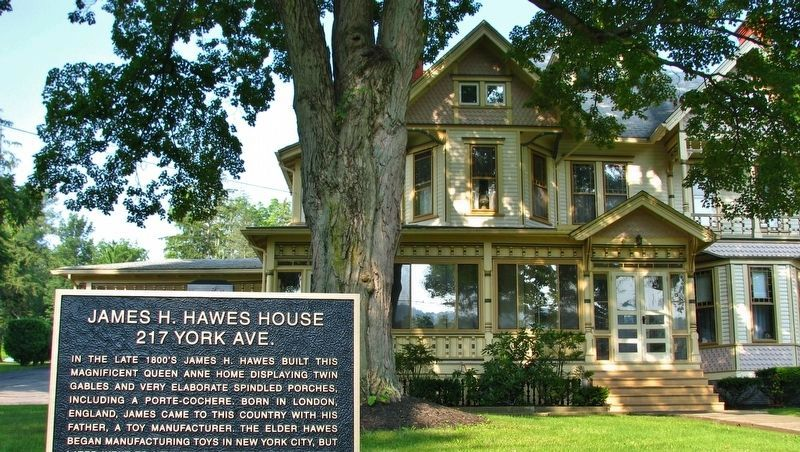 James H. Hawes House Marker (<i>wide view; front of house in background</i>) image. Click for full size.
