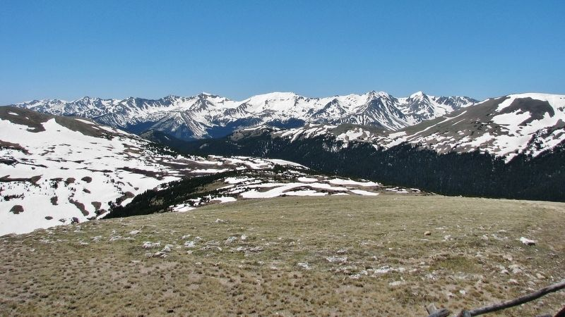 The Gore Range (<i>view southwest from marker</i>) image. Click for full size.