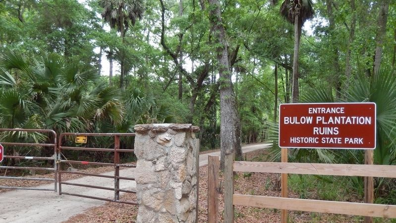 "Bulow Plantation State Park Entrance (<i>east end of ""Old Beach Road""; 1/2 mile east of marker</i>) image. Click for full size."