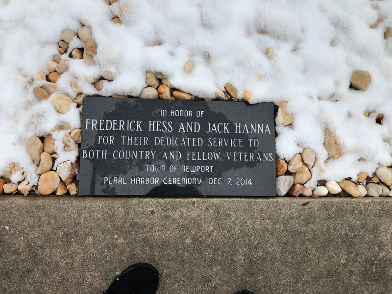Plaque honoring Frederick Hess and Jack Hanna image. Click for full size.