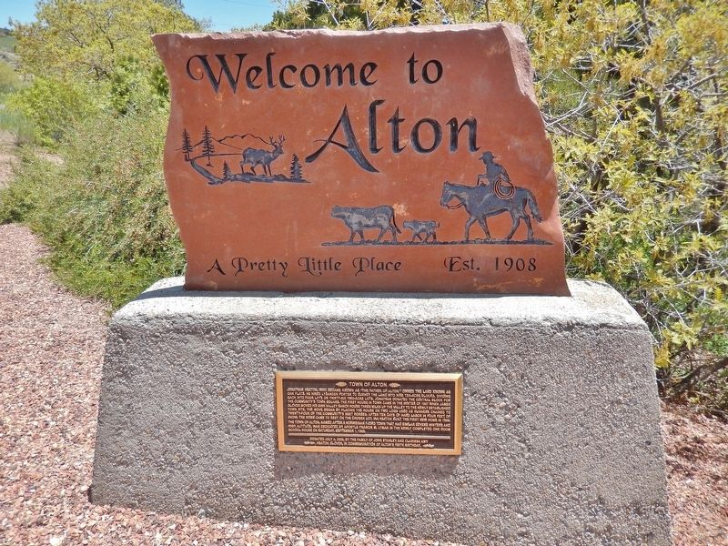 Town of Alton Marker (<i>tall view</i>) image, Touch for more information