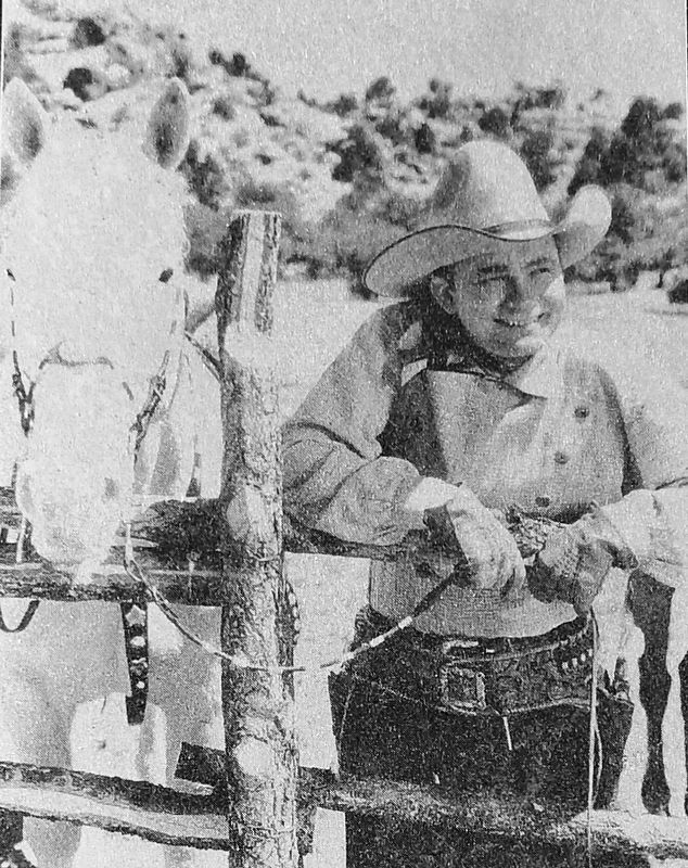 Marker detail: Tex Ritter photo image. Click for full size.