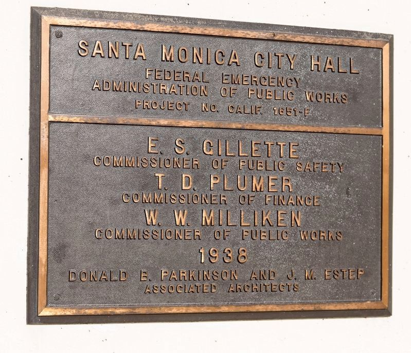 City Hall Builder's Plaque image. Click for full size.