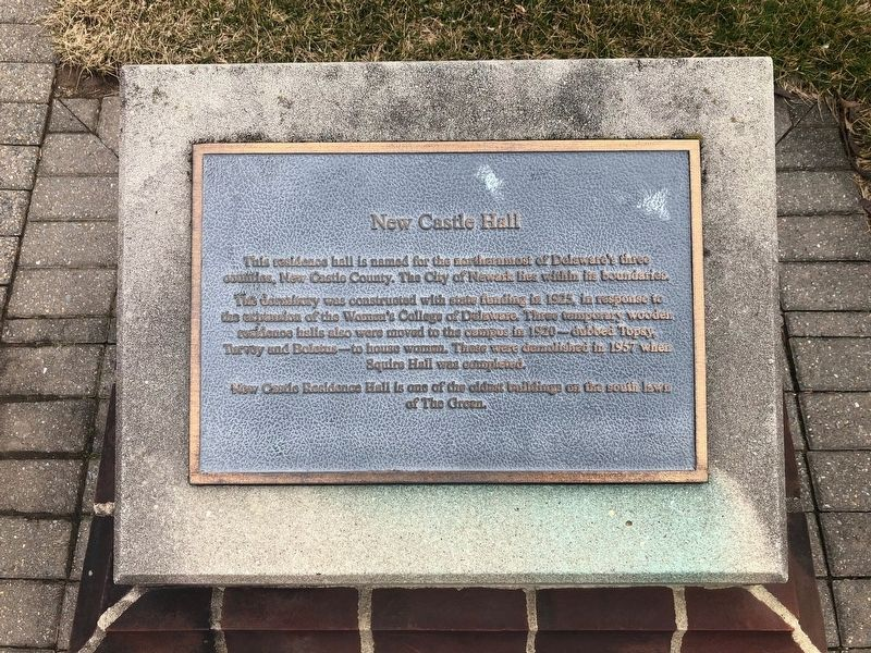 New Castle Hall Marker image. Click for full size.