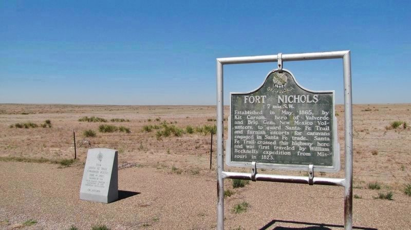 Santa Fe Trail Marker (<i>wide view; showing adjacent Fort Nichols marker on right</i>) image. Click for full size.