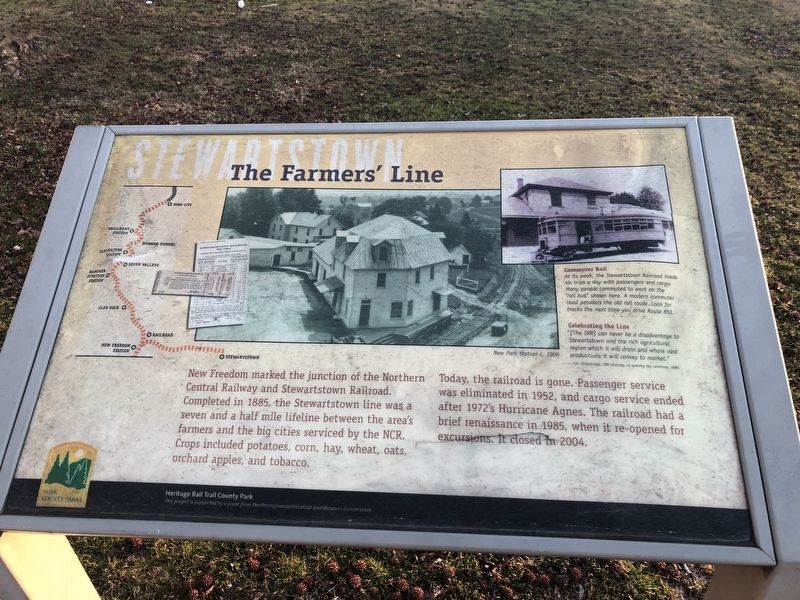 The Farmer's Town Marker image. Click for full size.