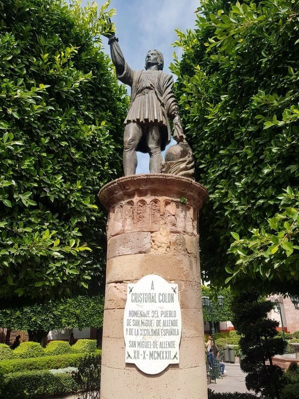 A nearby 1922 monument to Christopher Columbus image. Click for full size.