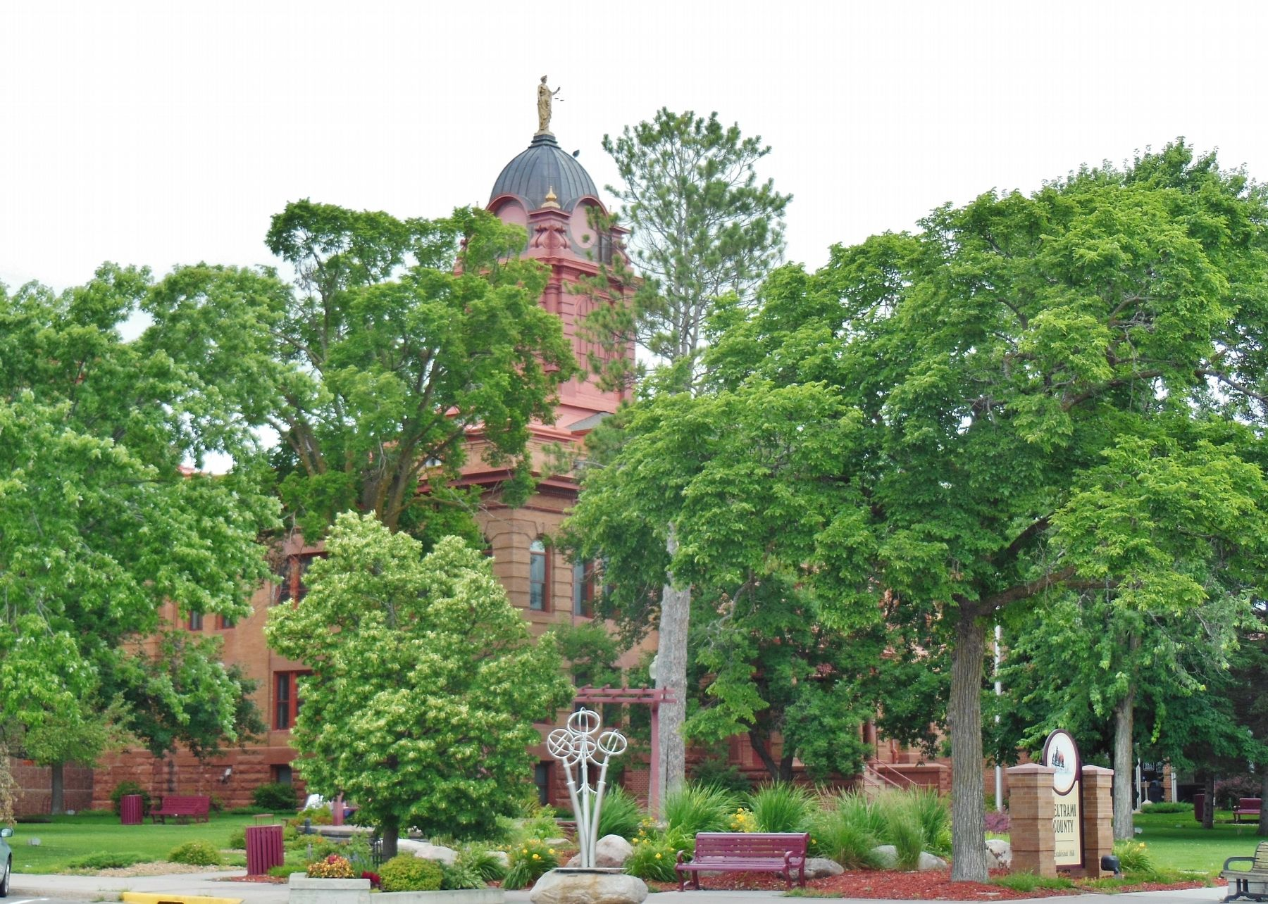 Beltrami County Courthouse (<i>southeast corner view; marker visible at bottom right</i>) image. Click for full size.