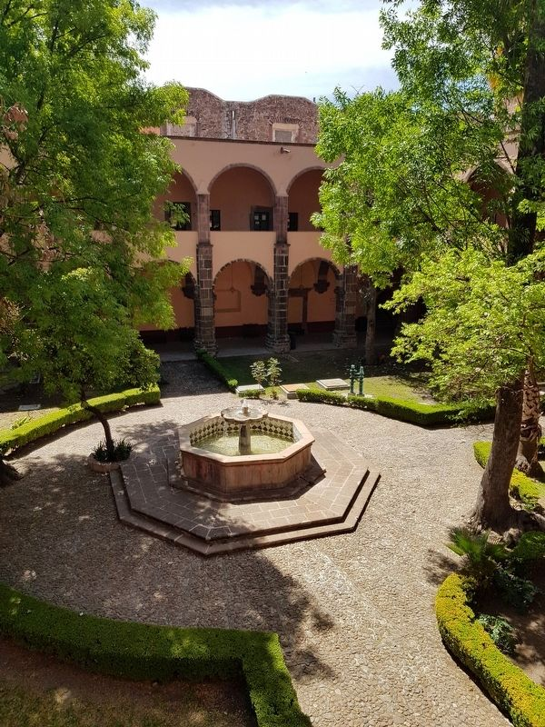 "A view of the interior courtyard of the Ignacio Ramírez ""El Nigromante"" Cultural Center image. Click for full size."