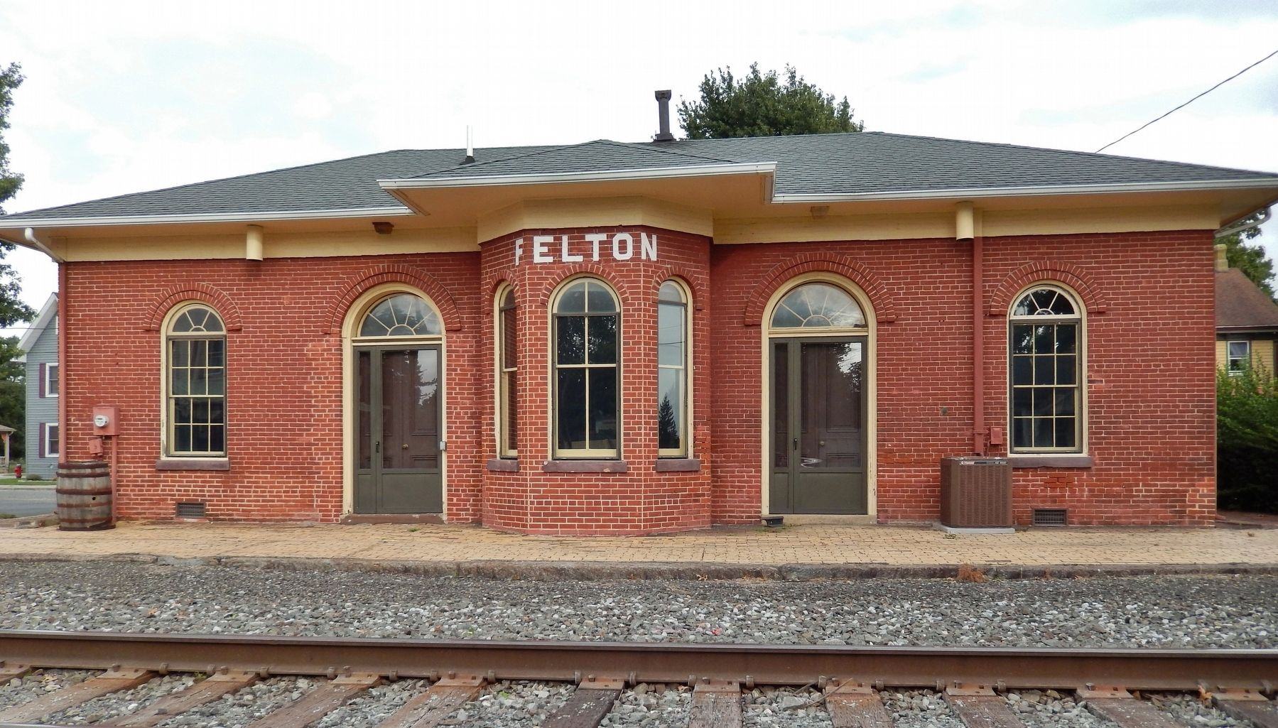 Felton Railroad Station<br>(<i>west side view from railroad tracks</i>) image. Click for full size.