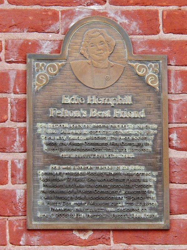 Edie Hemphill Dedication Plaque<br>(<i>mounted on east side of railroad station, near entrance</i>) image. Click for full size.