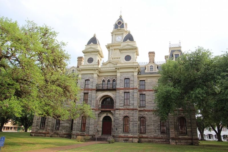 Goliad County Courthouse image. Click for full size.