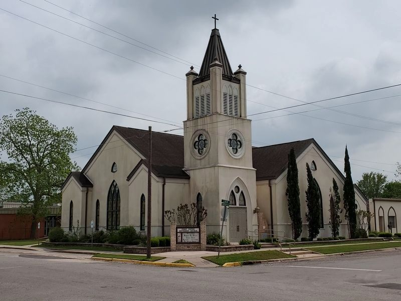 First United Methodist Church of Cuero image. Click for full size.