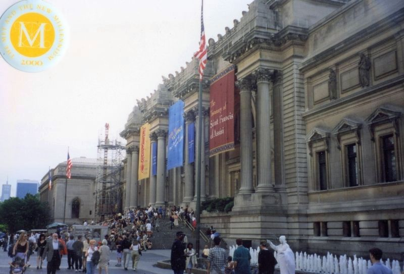 Metropolitan Museum of Art, main building and entry image. Click for full size.