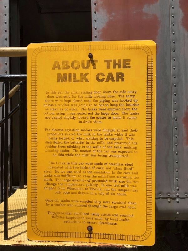 Additional plaque on the other side of the train car image. Click for full size.
