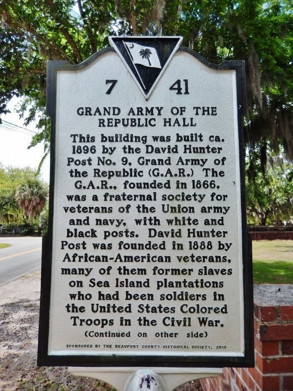 Grand Army of the Republic Hall Marker<br>(<i>side 1 • faces north • hall on right</i>) image. Click for full size.