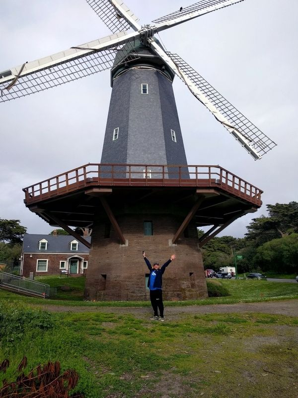Murphy Windmill image. Click for full size.