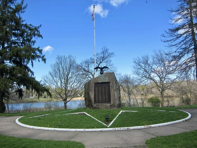 Sag Harbor World War I Memorial - wide view image. Click for full size.
