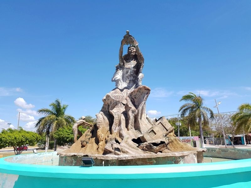 Monumento al Renacimiento (Monument to the Rebirth of the City) image. Click for full size.