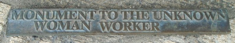 Monument to the Unknown Woman Worker Title Marker image. Click for full size.