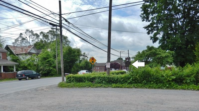 Pack Horse Road Marker (<i>wide view looking south along US Highway 11 • marker on right</i>) image. Click for full size.