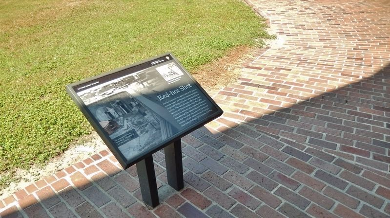 Red-hot Shot Marker (<i>wide view • marker overlooks fort parade grounds to the southwest</i>) image. Click for full size.