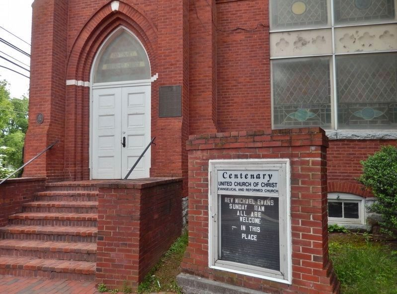 Centenary Reformed Church Marker<br>(<i>wide view • marker visible just right of entrance</i>) image. Click for full size.