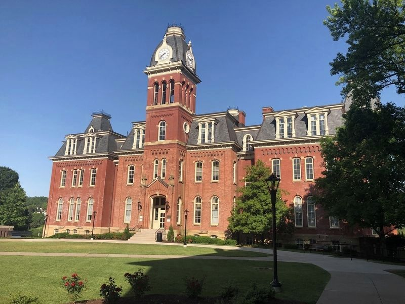 Woodburn Hall image. Click for full size.