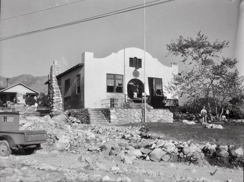 <i>American Legion Hall damaged by flood and mudslide, La Crescenta-Montrose, 1934</i> image. Click for full size.