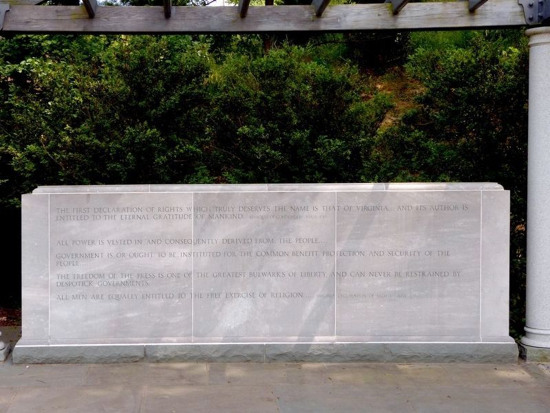 Right Panel<br>George Mason Memorial image. Click for full size.