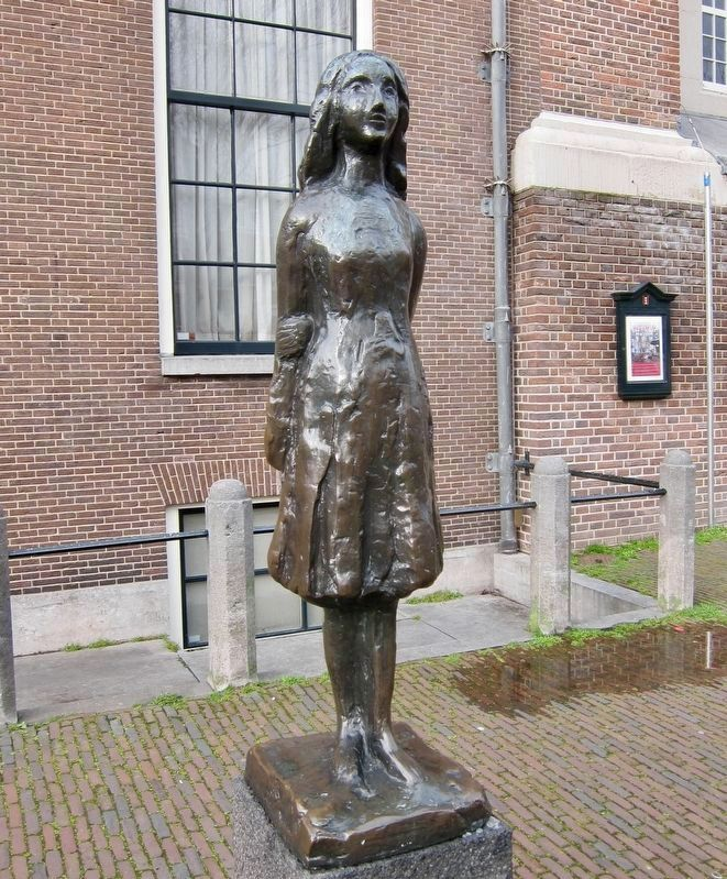 Anne Frank (1977), by Mari Andriessen image. Click for full size.