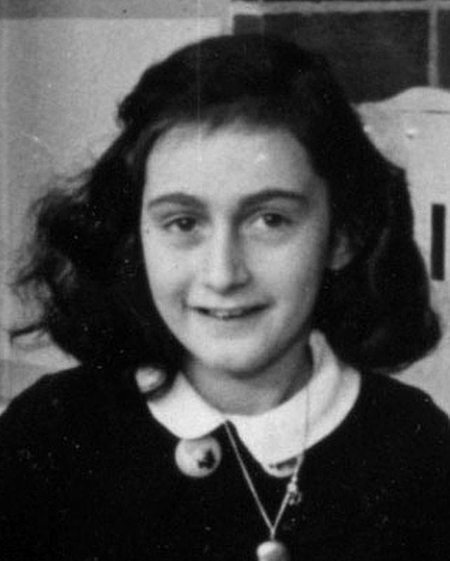 Anne Frank (in 1940, while at 6. Montessorischool, Niersstrraat 41-43, Amsterdam) image. Click for full size.