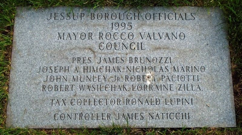 Veterans Memorial Borough Officials Marker image. Click for full size.