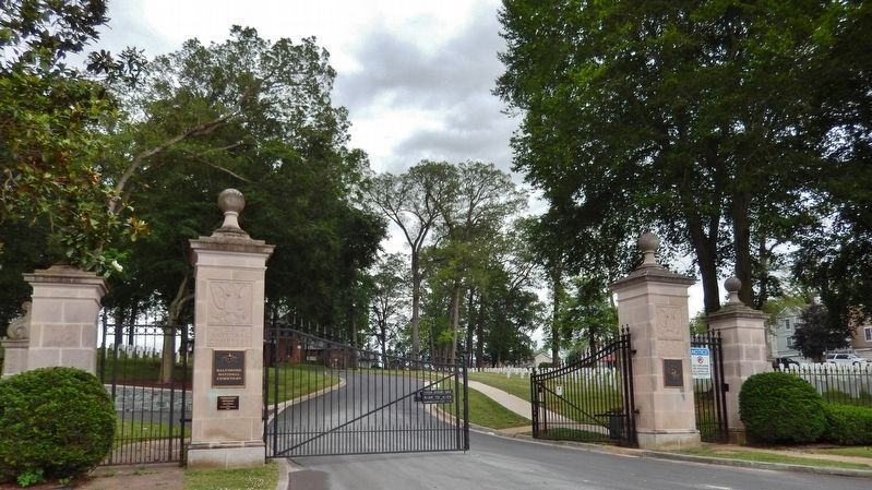 Baltimore National Cemetery Gate<br>(<i>enter here to access marker • up hill and to the left</i>) image. Click for full size.