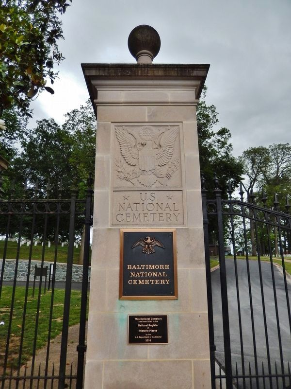 Baltimore National Cemetery Marker<br>(<i>marker is mounted on left gate post</i>) image. Click for full size.