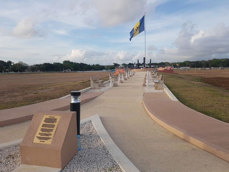 Barbados Independence Monument image. Click for full size.