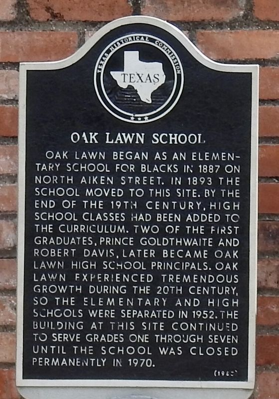 Oak Lawn School Texas Historical Marker image. Click for full size.
